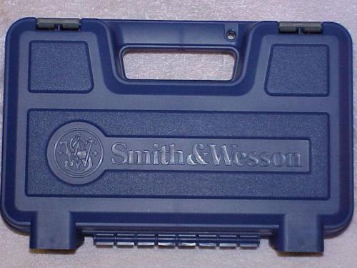 Smith & Wesson Medium Factory Pistol Case Gun Box Fits Up To 6 Barrel S&w