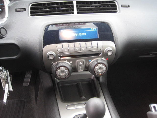 MANUAL~A/C~PWR SEATS~CRUISE~SPOILER~CD~MP3~GPS~ONSTAR