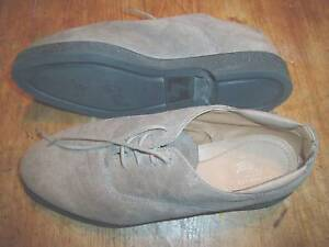 Womens Bass leather Oxford shoes Size 7 1/2 M