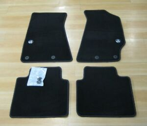 Brand New Genuine Holden VY&VZ Crewman Floor Mats - Black