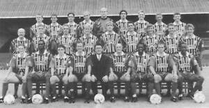 GILLINGHAM-FOOTBALL-TEAM-PHOTO-1995-96-SEASON