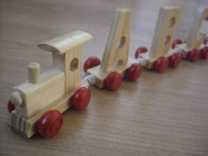 Wooden-Alphabet-Letter-Personalised-Name-Train-Gift-Set