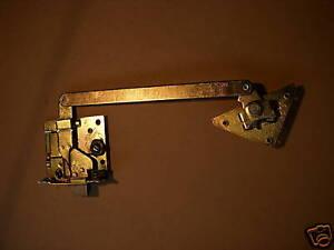 M35A2-M35-2-5-5-TON-INTERIOR-DOOR-LATCH-LOCK-7373276-7-M939-M809