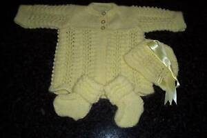 LEMON-PURE-WOOL-BABY-3-PIECE-LAYETTE-HAND-KNITTED