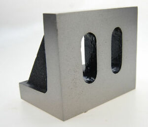 Small-Angle-Plate-for-Your-Milling-Machine-Webbed