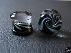 Black-White-Swirl-Pyrex-Glass-Plug-00g-00-gauge-10mm