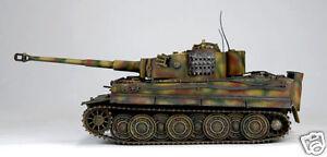 JSI-WWII-German-Tank-Panzerkampfwagen-V-Tiger-I-1-18