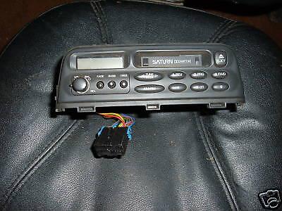 saturn car delco 89BPZF am fm cassette radio 21022997