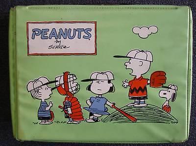 Original-Peanuts-Green-Vinyl-Lunchbox-1965-no-thermos