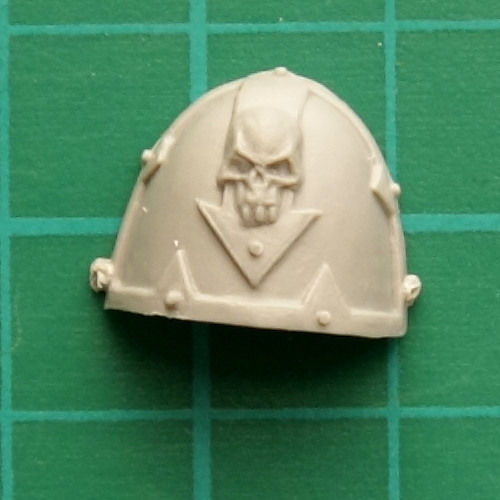 Chaos Space Marines 2x Shoulder Armor a Warhammer 40k Bitz