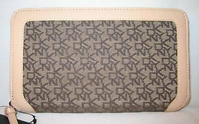 90-DKNY-Town-Country-Classic-Organizer-Bag-Purse-Wallet-Zip-Around-Clutch-New