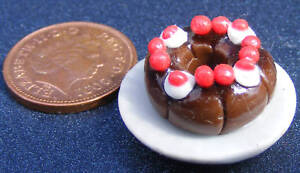 1-12-Chocolate-Ring-Cake-Dolls-House-Miniature-Kitchen-Dessert-Accessory-D9