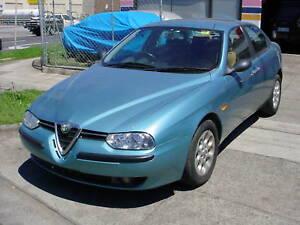 Alfa-Romeo-156-2-5L-V6-2001-WRECKING-1-Bulb