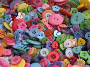 ASSORTED-BUTTON-GRAB-BAG-50g-Approx-120-buttons-ideal-for-sewing-and-crafts