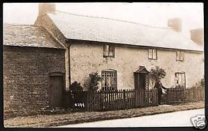 Oswestry-posted-card-of-Houses-amp-Barn