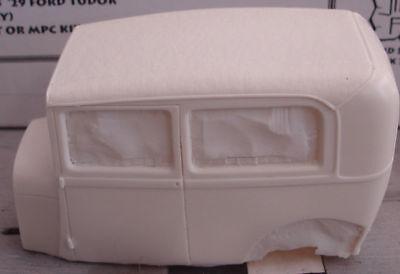 1929 Ford TUDOR Cloth Top Resin Body 1/25