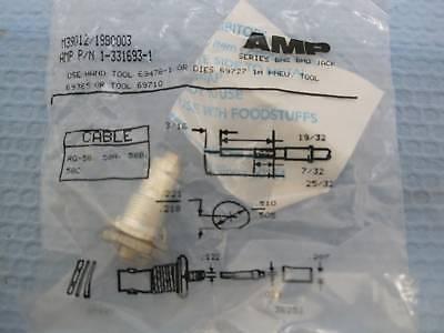 4915 Lot(11) Amp Tyco 13316931 Bnc Rf Connector Female