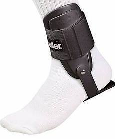 New-Mueller-Lite-Ankle-Brace-One-Size-Fits-Most