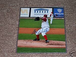 Alex-Wilson-Autographed-Red-Sox-8x10