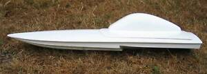 Fast Electric model boat hull Zoom 4 - fibreglass moulding