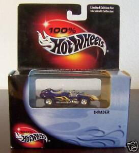 HOT-WHEELS-BOB-REISNERS-INVADER-ROADSTER-amp-CASE1-64-MIB