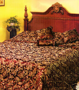 Queen Size Bed BEDSPREAD BURGANDY and GOLD Jacquard + Cushions 4 pc Set NEW