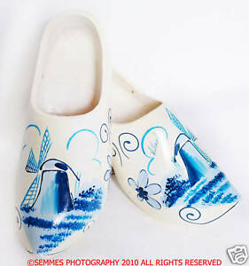 CLOGS-FROM-HOLLAND-HAND-PAINTED-WOODEN-DUTCH-BEAUTIFUL-Only-pair-I-have