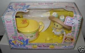 Nuevo en Caja Uneeda Té Conejitos Tea Party Daizy Brisa