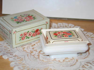 Avon 1978 Country Garden Soap Dish And Soap