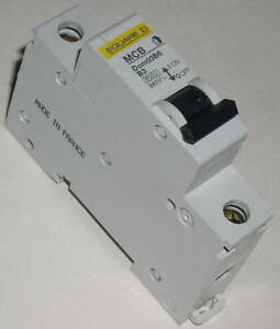 Square-D-3A-MCB-Miniature-Circuit-Breaker-DOM03B6-new-and-unused
