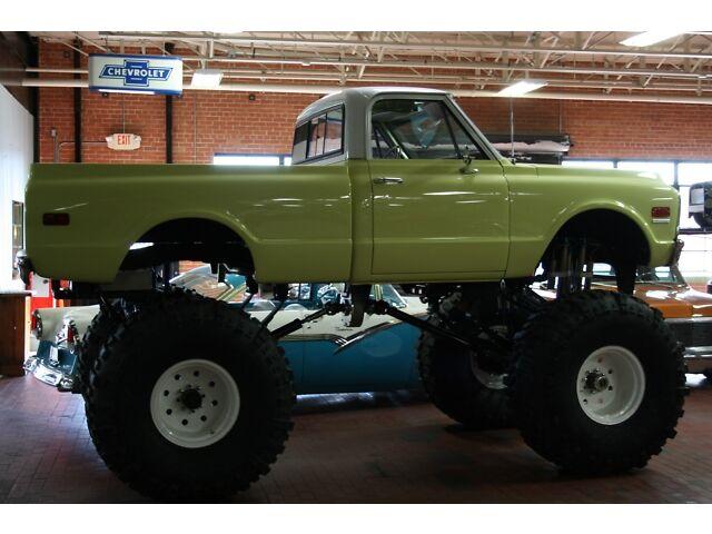 Street-Legal Monster Truck