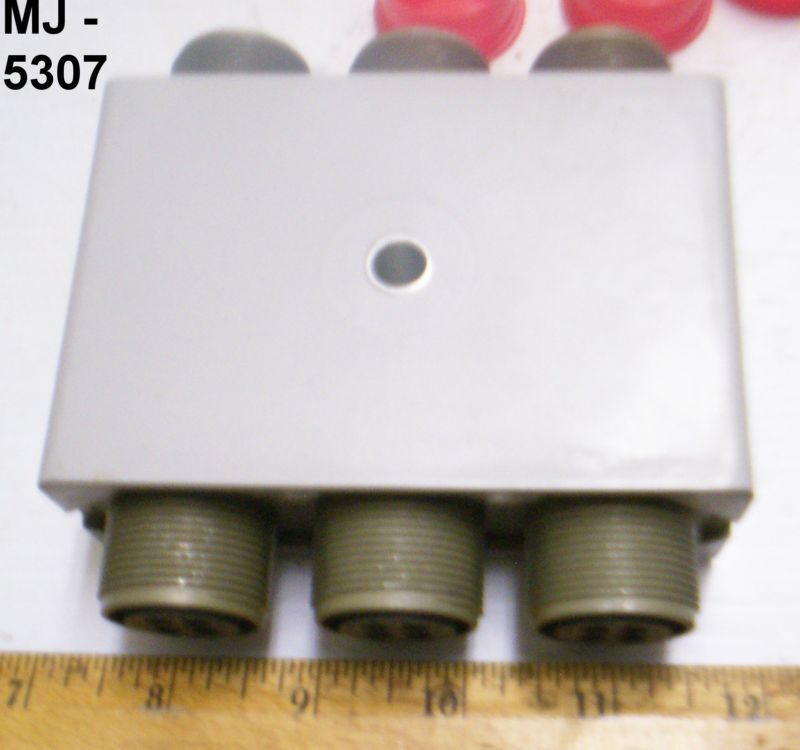 Mutron Corporation - Electrical Plug Connector Assembly