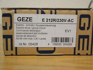 GEZE Antrieb E 212 R  230 Volt RAL 9016 Nr. 015435