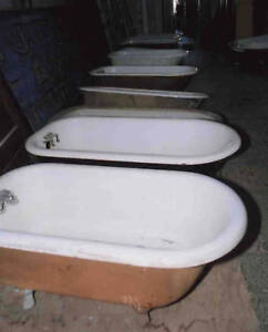 five foot porcelain on cast iron clawfoot tub