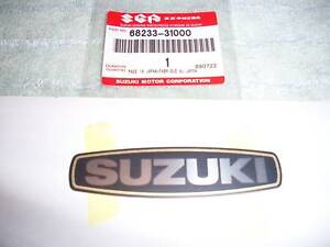 NOS-SUZUKI-EMBLEM-GT-GT750-750-TS100-TS185-TS-100-185-ENGINE-SIDE-CASE-COVER