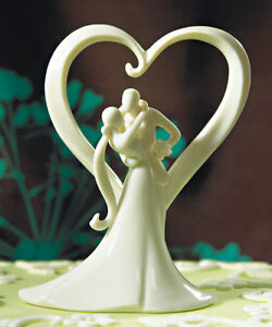 Stylish-Embrace-Wedding-Cake-Topper