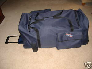 Hockey-Gear-Bag-3-Wheels-40-034-Telescopic-Handle-New