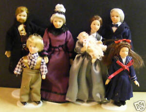 1:12 Scale Family Of Seven Small People Dolls House Miniature Nursery Accessory