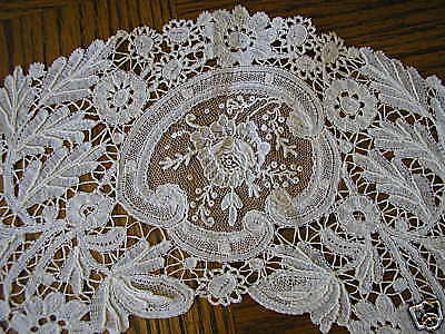 Julia's Linens and Lace