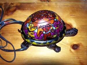 NEW HSN GRATEFUL DEAD DANCING BEARS TURTLE DESK LAMP TIFFANY STYLE