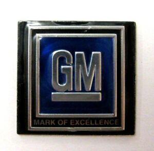 1967-72-CHEVELLE-NOVA-GM-SEAT-BELT-EMBLEM-STANDARD-BLUE