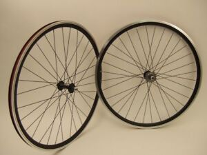 NEW-BLACK-TRACK-FIXED-GEAR-WHEELSET-700C-NO-DECALS