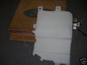 1971-1974-FORD-STATION-WAGON-WINDOW-WASHER-RESERVIOR