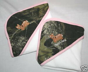 MOSSY OAK CAMO & PINK EMBROIDERED INFANT BABY BLANKET