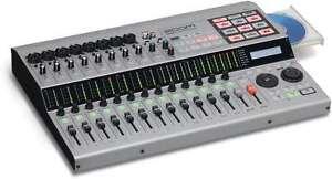 ZOOM HD-16 CD MULTI 16 TRACK DIGITAL RECORDING STUDIO USB HARD DRIVE R8 R16 R24