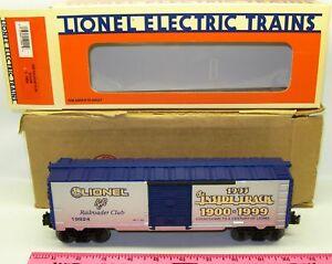 New Lionel 6-19924  1993  Railroad club boxcar