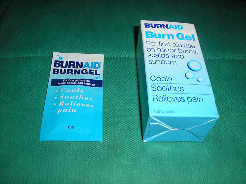 BURNAID-FIRST-AID-BURN-GEL-SACHETS-3-5g-x5