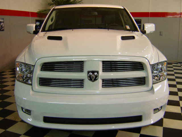 2011 dodge ram sport 4x4 1500 quad cab with sport hood. Black Bedroom Furniture Sets. Home Design Ideas