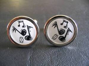 NEW CHROME FINISH CUFFLINKS WITH MUSICAL NOTES