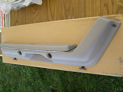 1990 1991 1992 Ford Mustang Drivers Arm Rest Grey
